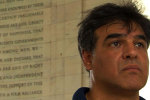 John Kiriakou, ehemaliger CIA Beamter, am Lincoln Memorial Bild: ZDF / © Courtesy of Morninglight Films